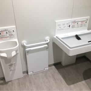 市民交流施設 高田公園オーレンプラザ(1F)の授乳室・オムツ替え台情報 画像3