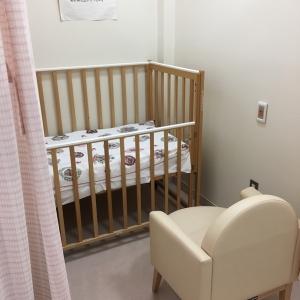 山形大学医学部附属病院 エスカレーター近く(2F)の授乳室・オムツ替え台情報 画像2
