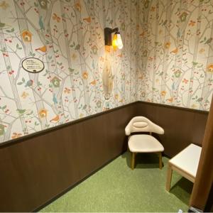広い授乳室、ベビーカーOK