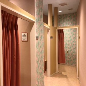 三井アウトレットパーク入間 2階ナイキ横(2F)の授乳室・オムツ替え台情報 画像4