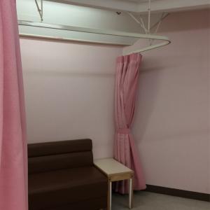 授乳室左側
