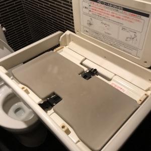 トイレ内オムツ替えシート