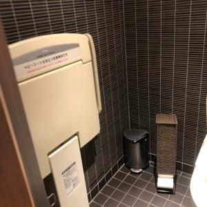 トイレの個室が1つ、その中にあります。