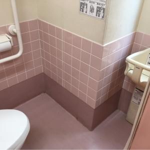 ベビーチェア付き個室(女性用トイレ)