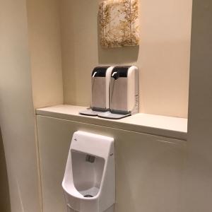 自動で出てくる石鹸と消毒液があり便利です