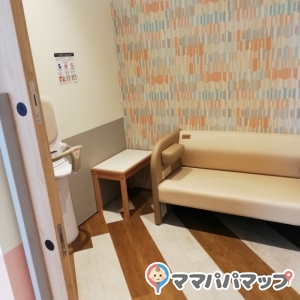 京阪シティモール(2F)の授乳室・オムツ替え台情報 画像9