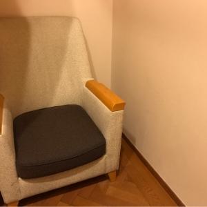 授乳室内にはふかふかソファー