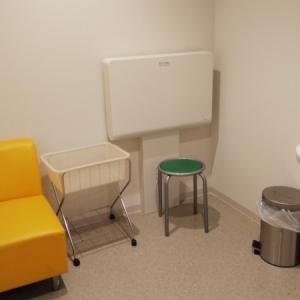 高知赤十字病院(2F)の授乳室・オムツ替え台情報 画像1