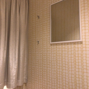 個室の中。写ってませんが扇風機もついてます。