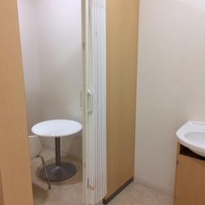 授乳室前にも水道あります。