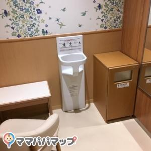 福岡空港(国内線3F)ラーメン滑走路横(3F)の授乳室・オムツ替え台情報 画像1