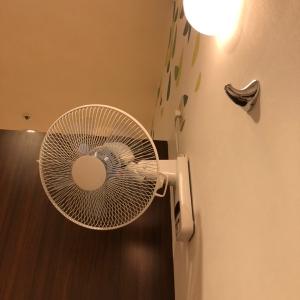 個室の授乳室 扇風機あり