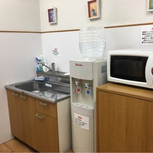 調乳はウォーターサーバーです。手洗いはソープが空でした。