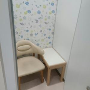 授乳室内部
