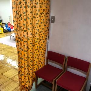 地下1階 授乳スペース カーテン仕切りのみなので気になる方は授乳ケープ持参で。