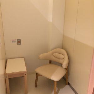 授乳室も広々。ベビーカーで入れます!