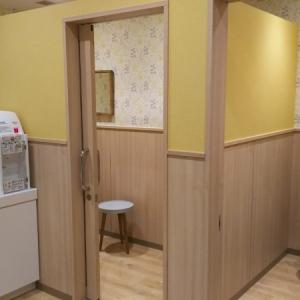 授乳室は個室の鍵付きが2つ