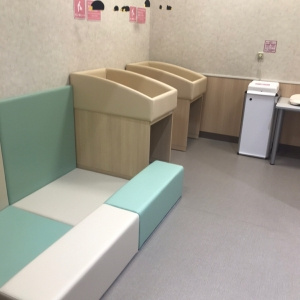 イオンタウン郡山 おしゃれ館(1F)の授乳室・オムツ替え台情報 画像8