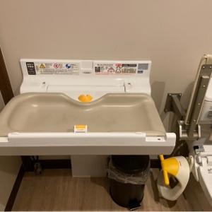 むさしの森珈琲 高松レインボーロード店(1F)のオムツ替え台情報 画像2