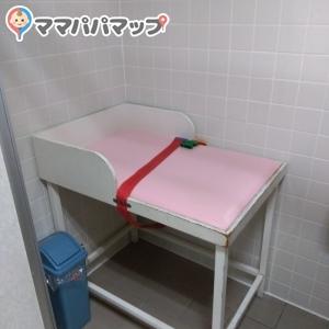 奥トイレ内1