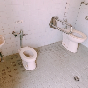 多目的トイレ 子供用便器
