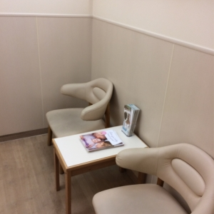 個室になっていない授乳スペース(全2席)