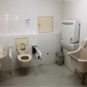 一階  多目的トイレ