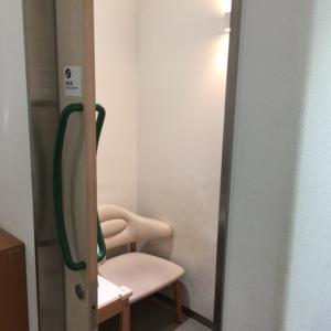 個室で施錠できる授乳室