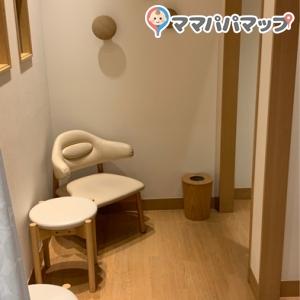 松屋銀座(6F 女子トイレ)の授乳室・オムツ替え台情報 画像4