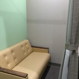 授乳室は、カーテンで仕切られてます。