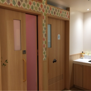 アトレ吉祥寺(B1F ベビールーム)の授乳室・オムツ替え台情報 画像9