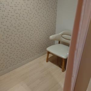 フジグラン野市(フードコート トイレ横)の授乳室・オムツ替え台情報 画像8