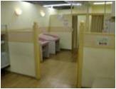イオン海老名店(2階 赤ちゃん休憩室)の授乳室・オムツ替え台情報 画像4
