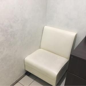 個室授乳室(右)