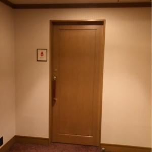 帝国ホテル東京(本館2F 宴会場婦人用化粧室隣)の授乳室・オムツ替え台情報 画像7