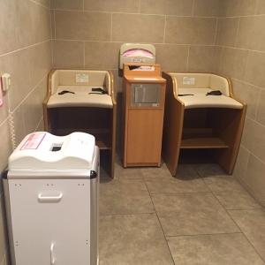銀座三越(10F ベビー休憩室)の授乳室・オムツ替え台情報 画像13