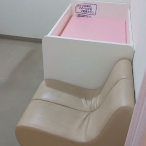 西松屋 呉宮原店の授乳室・オムツ替え台情報 画像2