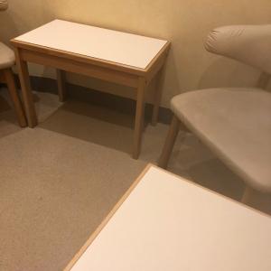 一部屋にこんなに授乳椅子があるのは初めて!