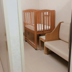 個室は2つ。施錠できます。