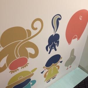 子ども用トイレの壁紙がかわいい(*^^*)