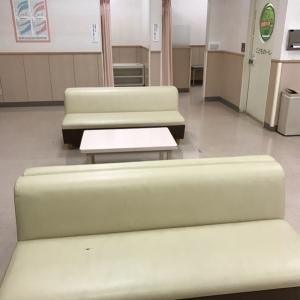 長椅子 4台 余裕で座れます