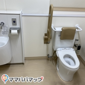 長印船橋青果(株)のオムツ替え台情報 画像2