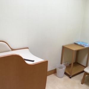 オムツ台がある個室