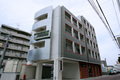 ビジネスホテル「KESAKAイン(ケサカイン)」・喫煙ルームの外観