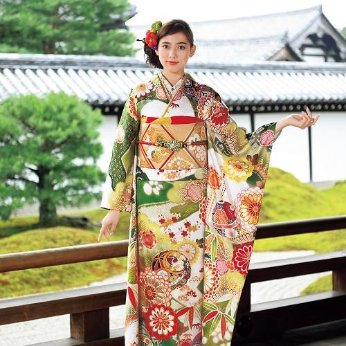 華やかで高貴な緑の地色に鶴や毬の文様でフレッシュな魅力を