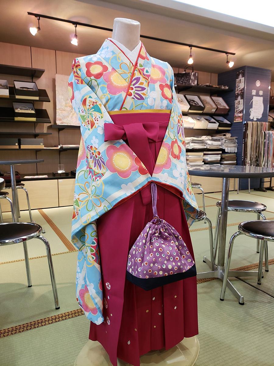 卒業式の袴に合わせた巾着! 手作りしませんか?