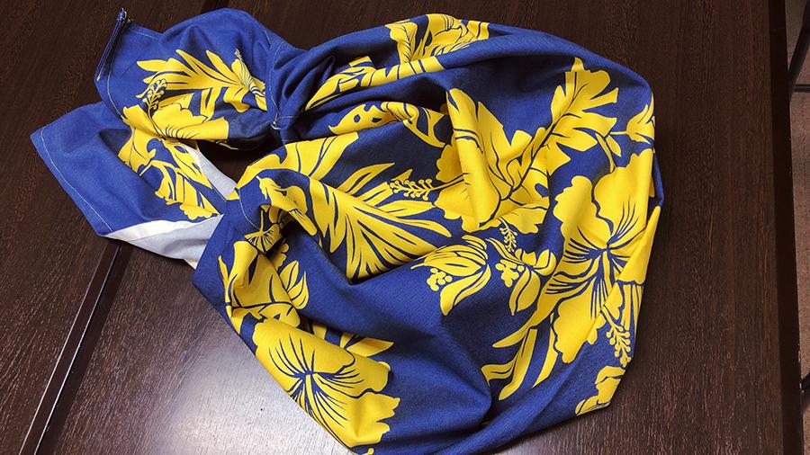 エコバックの究極の簡単版 正方形の布 ご用意ください! 簡単!風呂敷を使えば4カ所 縫うだけ!持ち運びにも便利 瞬時にエコバックに 花Saku掲載作品