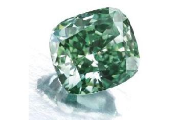 ジュエリードクター Vol. 9  ー ダイヤモンドの中に、カメレオン?