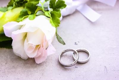大人の実家暮らしカップルが幸せな結婚をするには