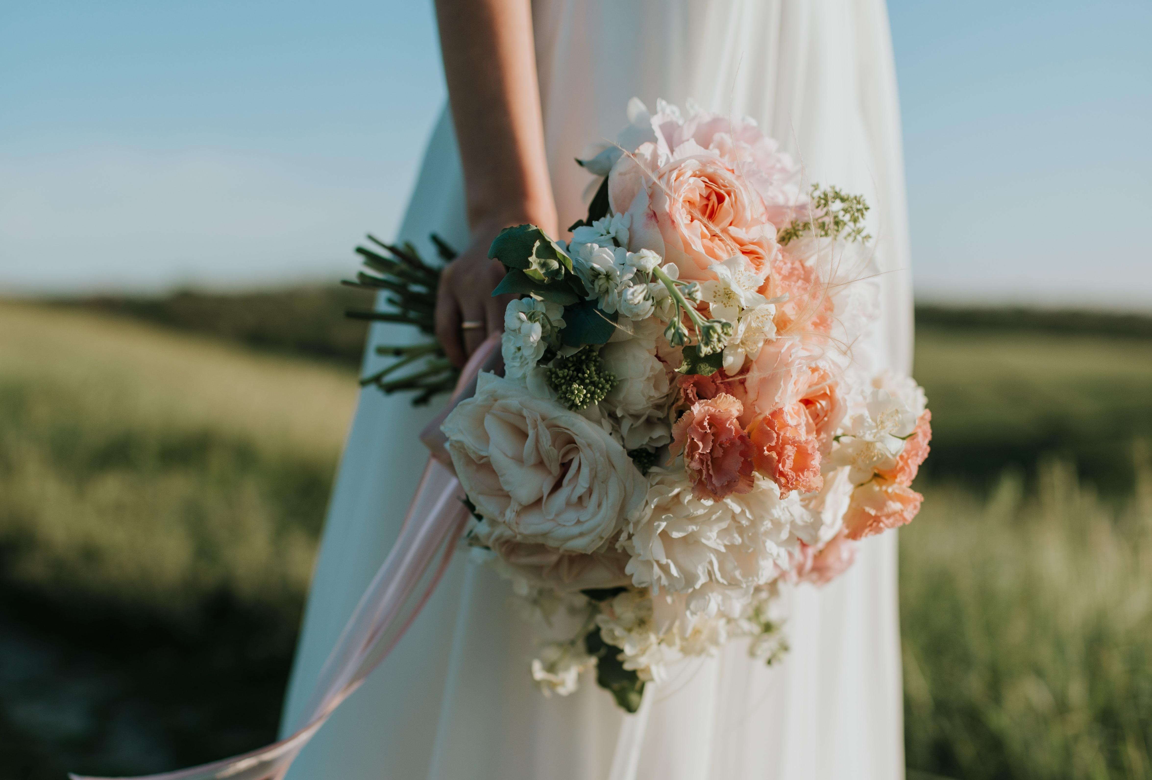 婚活市場で美人は有利か?